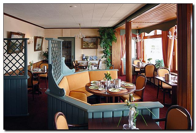 Hotel De Vassy Frühstücksraum