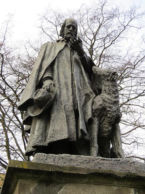 tennyson statue, lincoln