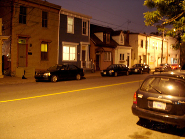 Halifax by the night  / Canada.  June / Juin 2008 - Photo originale