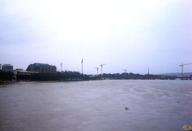 2002-08-13 12 inundo en Dresdeno