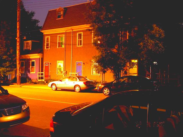 Halifax by the night  / Canada.  June / Juin 2008 - Éclaircie avec couleurs ravivées