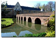 Schloss Hülchrath, Bruecke