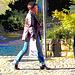 Dame d'âge mur en jeans et bottes à talons trapus /  Mature in rolled-up jeans and chunky heeled boots - Ängelholm / Suède - Sweden.  23 octobre 2008 - Postérisation