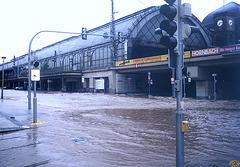 2002-08-13 01 inundo en Dresdeno