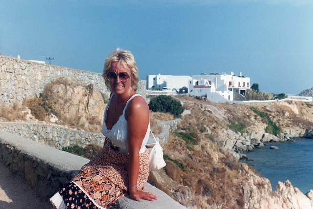 Resting after a long walk on Mykanos