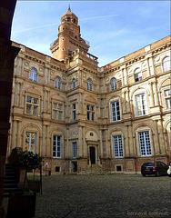 Hôtel d'Assézat et de Clémence Isaure, cour intérieure