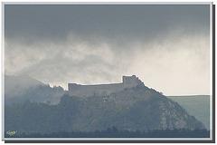Montségur sous l'orage