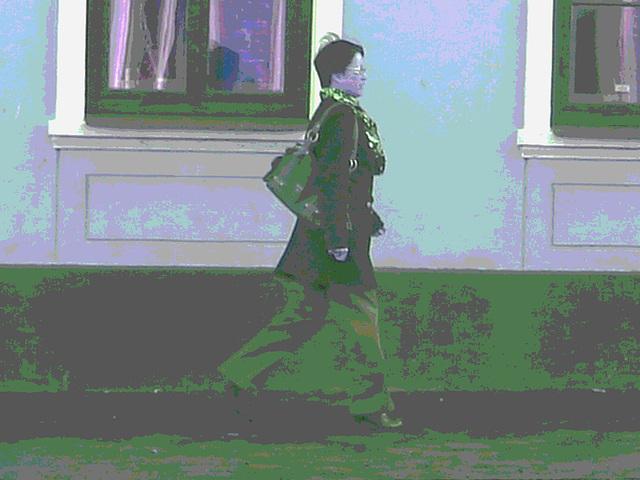 Reflets de fenêtres jumelles et jolie Dame asiatique en bottes sexy / Twin windows reflections Asian Lady in sexy boots -  - Ängelholm / Suède - Sweden.  23-10-2008 - Postérisation