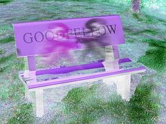 Le banc Goodfellow bench /  Création Krisontème avec petits fantômes / with charming ghosts.