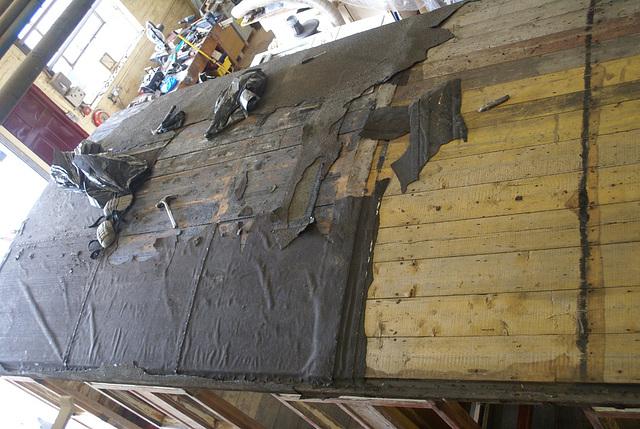 NSR 61 - defelting roof