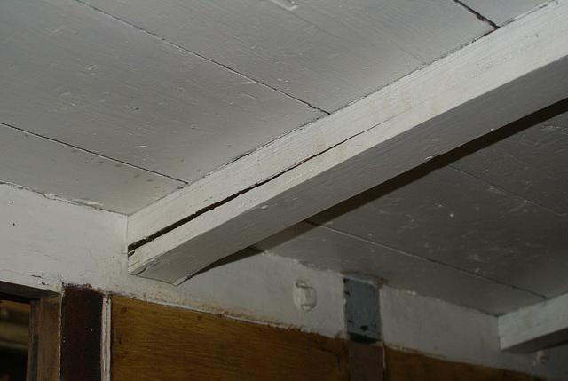 NSR 61 - split roofstick