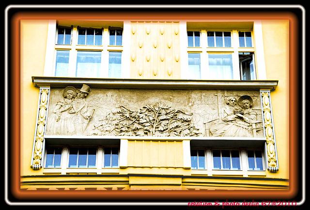 Statues ,fresque