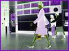 Hôtesse de l'air bien chaussée / Tall & slim beautiful flight attendant in high heels - Négatif RVB