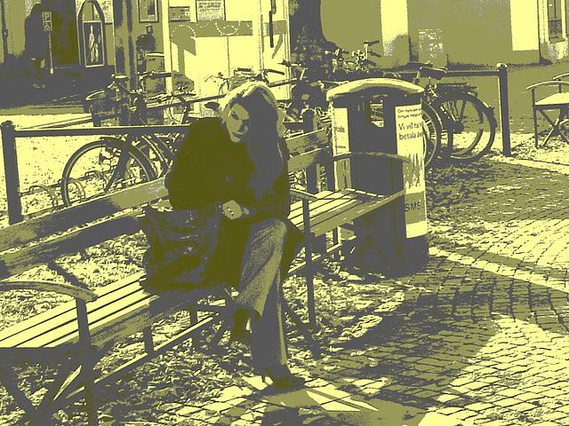 Jolie rouquine Sony en talons hauts / Sony infinity perfekt readhead Lady in high heels shoes  - Ängelholm / Suède - Sweden.  23-10-2008 - Vintage postérisé