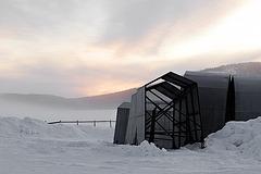 Verschalungen für den Bau des Eishotels