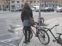 La Dame cycliste Faniback Loke en bottes à pédales / Faniback Loke booted biker Lady - Copenhague, Danemark / Copenhagen, Denmark.  20-10-2008.