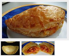 Empanada's met pittig gekruide kip