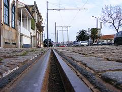 Track along the Douro