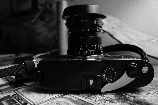 LEICA M6 with CHARGING LEVER M2