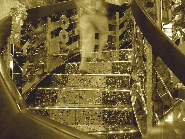 Mon amie / My friend Christiane - Ascension dorée / Golden ascent - Sepia