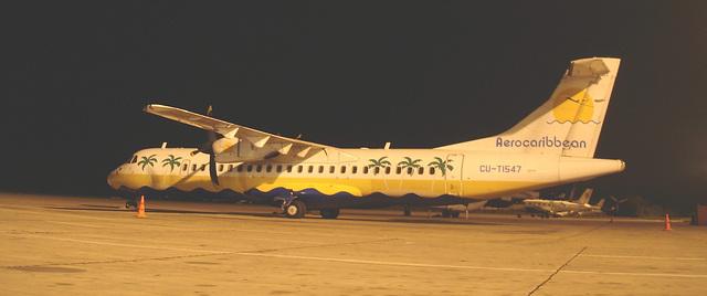 Avion Aero caribbean aircraft /  Aéroport de Varadero airport /  CUBA . 9-02-2010 - Recadrage