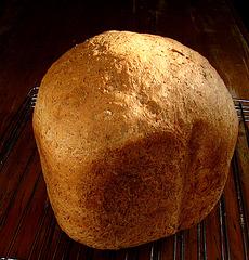 (J.S. 19) Polenta-volkorenbrood (blz. 85).