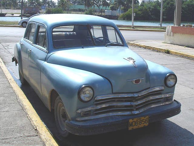 Belle d'autrefois / Old car - Varadero, CUBA.  9 février 2010