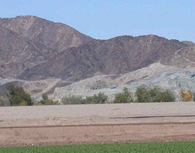 Yuma AZ border 2738a