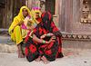 Shy village women, Orchha