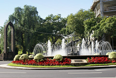 Funchal. Brunnen mit Denkmal von Heinrich dem Seefahrer. ©UdoSm.