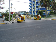 TAXI !!!    Varadero, CUBA.  3 février 2010
