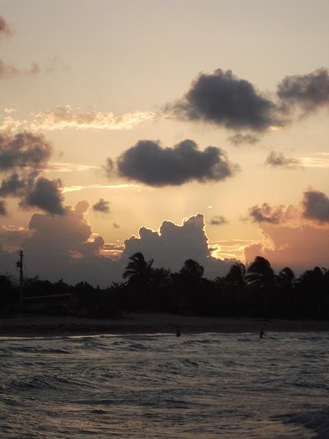 Amanecer / Revolutionary sunrise.