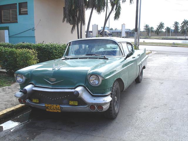 1957 Cadillac !  Varadero, CUBA. 3 février 2010.