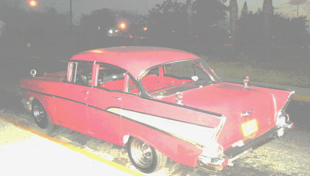 Varadero, CUBA . 4 février 2010 - Originale éclaircie. Recadrage