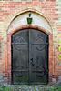 Seiteneingang - Kirche
