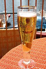 la plzena biero el Radeberg