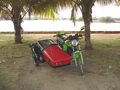 Moto cubaine avec side-car