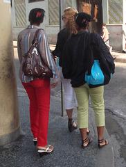 Cubaines en talons hauts / Cuban girls in high heels - Recadrage.