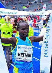 Mary Keitany new WR 25km
