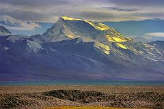 Memo Nanyi (Gurla Mandhata) peak (7728 m)