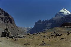 Chorten and the Kailash peak