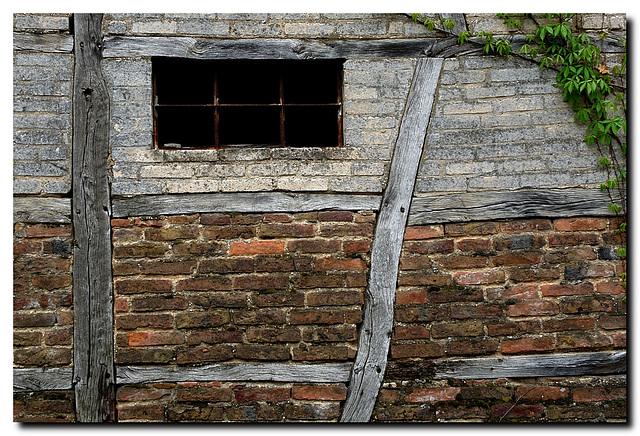 Hülchrath, Fenster