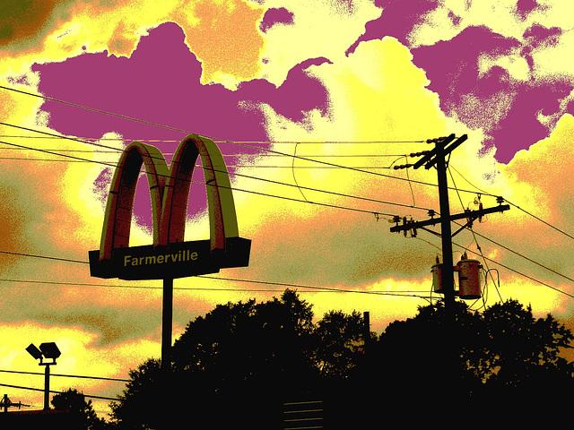 Mc Donald electroshock therapy / Électrochoc Mc Donaldien -- Farmerville, Louisiane. USA - 07-07-2010- Sepia postérisé