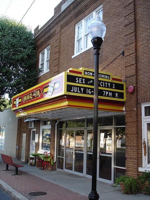 Sex in the city / Sexe en ville - Pocomoke, Maryland. USA - 18 juillet 2010.