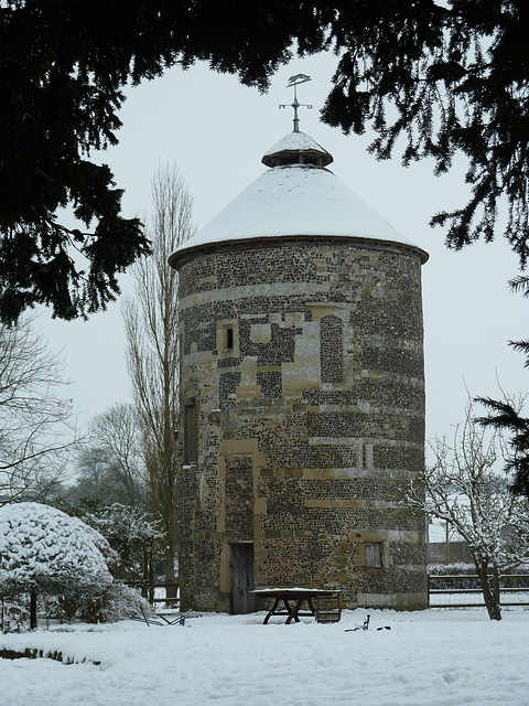 Bishopstone dovecot in the snow