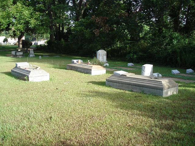Le cimetière de Bastrop / Bastrop's cemetery -  Louisiane, USA. 8 juillet 2010