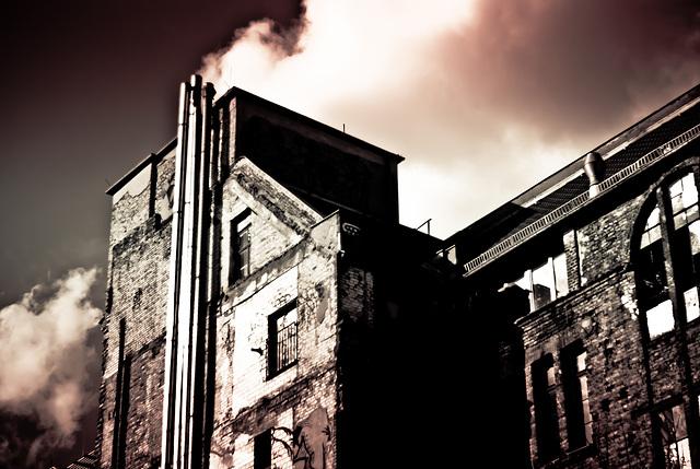 Dark clouds above Tacheles [#1]