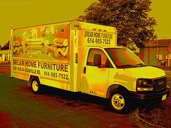 Dream home furniture truck /  Colombus. Ohio. USA. 25 juin 2010 - Sepia postérisé
