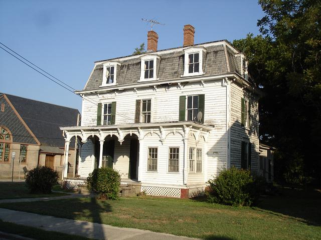 Maison ancienne / Old house - Pocomoke, Maryland. USA - 18 juillet 2010