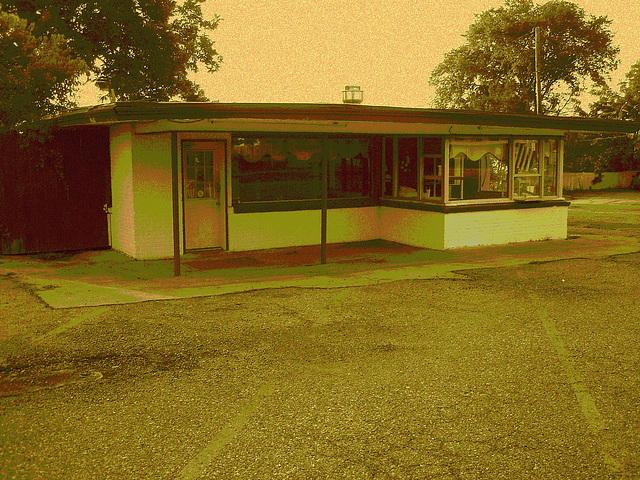 Bastrup grill / Bastrop - Louisiane. USA /  08-07-2010 - Sepia postérisé